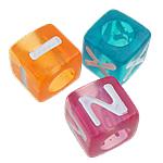Alphabet Acryl Perlen, Würfel, gemischte Farben, 7x7mm, Bohrung:ca. 4.5mm, ca. 1950PCs/Tasche, verkauft von Tasche