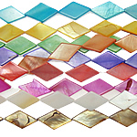 Beads Natyrore Colored Shell, Predhë, Romb, asnjë, ngjyra të përziera, 9x15x3mm, : 1mm, :15Inç, 10Fillesat/Qese,  Qese