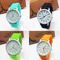 Damen Armbanduhr, Zinklegierung, mit Glas & Silikon, Platinfarbe platiniert, mit Bemaltung & einstellbar, keine, frei von Nickel, Blei & Kadmium, 41x7mm, 20mm, Länge:ca. 9.5 ZollInch, verkauft von PC