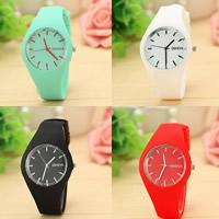Damen Armbanduhr, Zinklegierung, mit Glas & Silikon, flache Runde, Platinfarbe platiniert, für Frau, keine, frei von Nickel, Blei & Kadmium, 39mm, Länge:ca. 9 ZollInch
