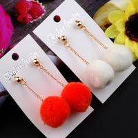 Zinklegierung Ohrringe, mit Plüsch, goldfarben plattiert, für Frau, keine, frei von Nickel, Blei & Kadmium, 60mm, verkauft von Paar