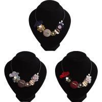 Mode Statement Halskette, Kunststoff, mit Baumwollsamt & Kunststoff Perlen, mit Verlängerungskettchen von 2inch, plattiert, verschiedene Stile für Wahl & mit Brief Muster & für Frau & mit Strass, frei von Nickel, Blei & Kadmium, verkauft per ca. 15.7 ZollInch Strang